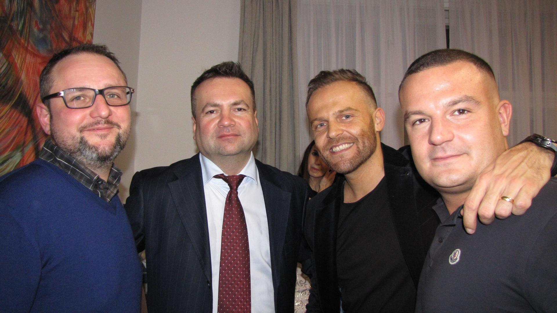 JUDr. Tomáš Mádl s přáteli