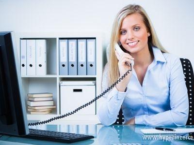 12400579-telefonista-telefonistka-1